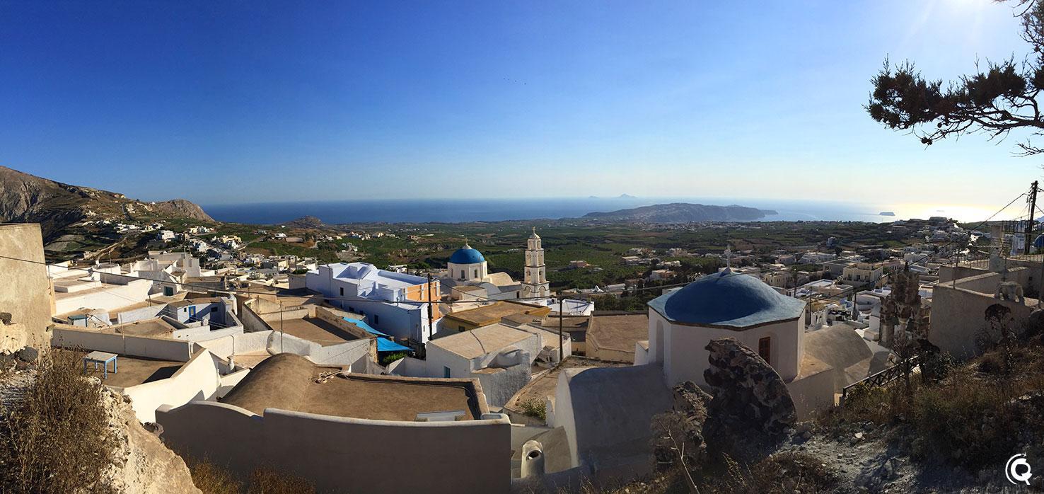 Vue sur Santorin depuis Pyrgos Kallistis