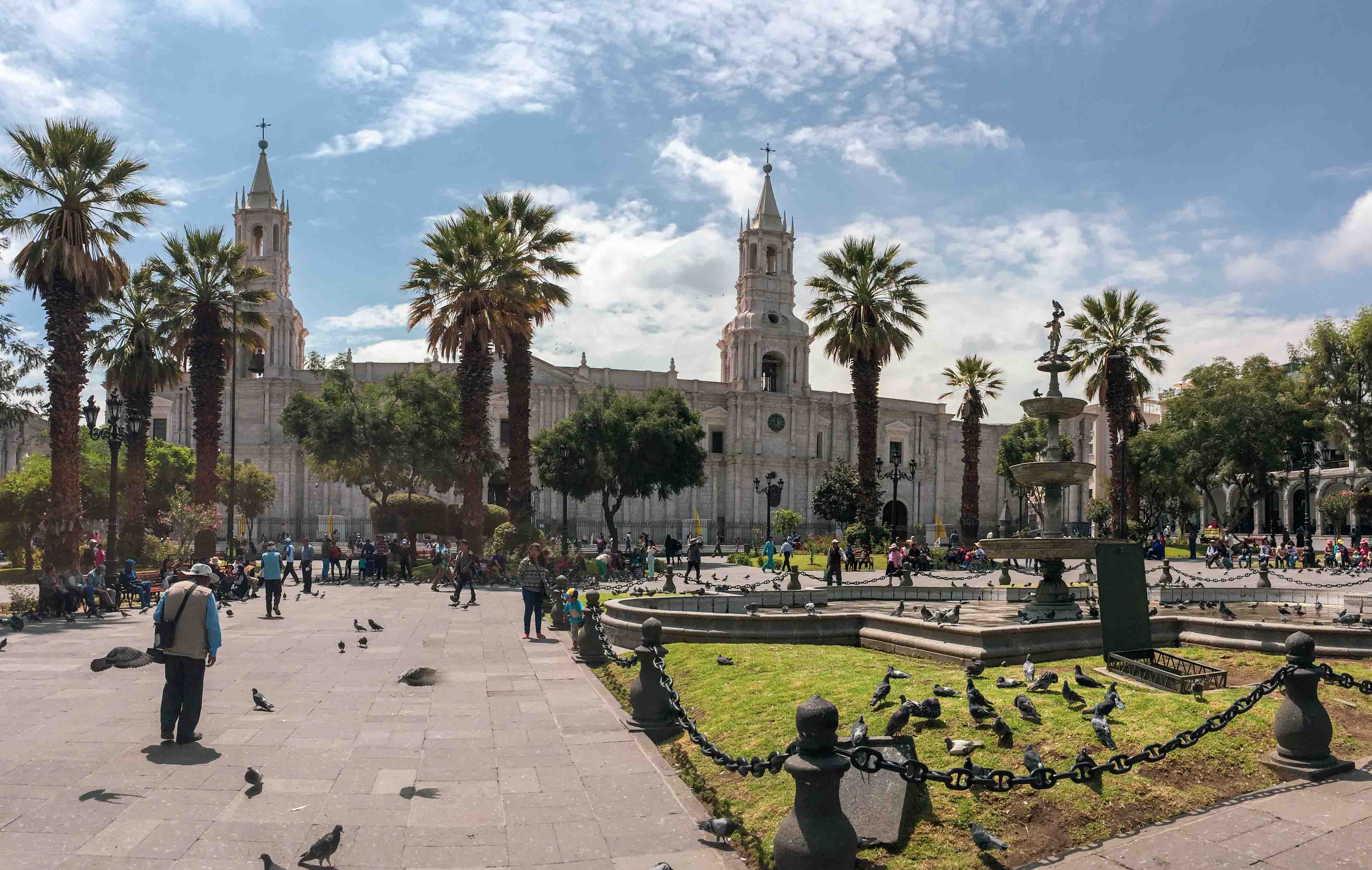 La Plaza de Armas à Arequipa